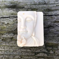 Buddha-Seife  Rosenseife Schafmilchseife Waschkultur München Seifenmanufaktur