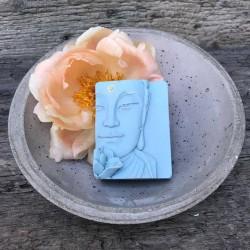 Buddha Seife Bio-Lavendel handgemacht Waschkultur München Seifenmanufaktur